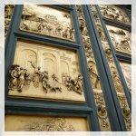 la Porta del Paradiso del Battistero di San Juan con pannelli raffiguranti scene del Vecchio Testamento