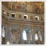 Cattedrale all'interno vi è il più grande murales del mondo