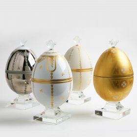 Uova decorative a scatola