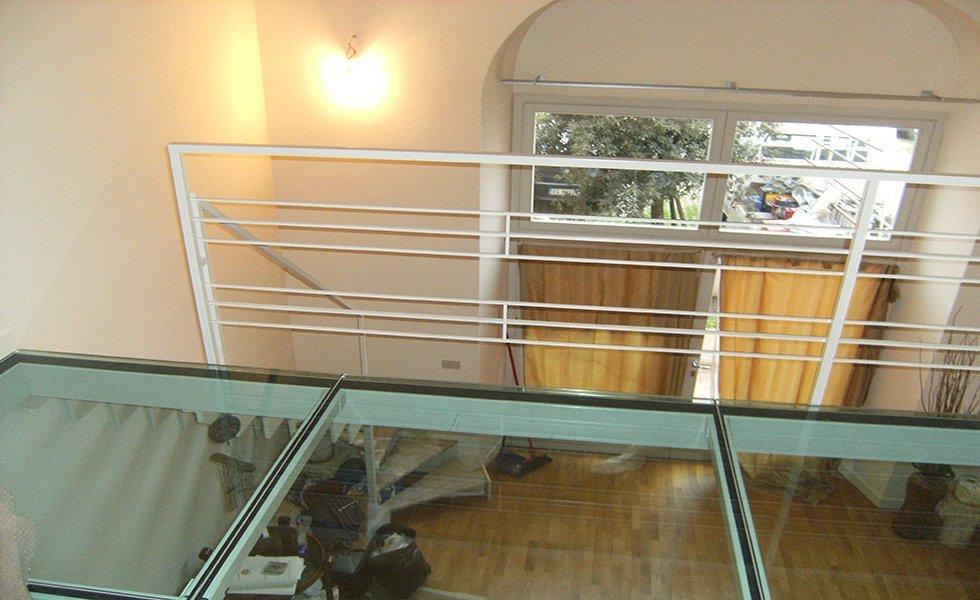 Soppalchi e scale per abitazioni e interni firenze prato for Abitazioni interni